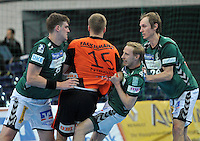 Handball 2. Bundesliga Herren - SC DHfK gegen HC Erlangen am 05.11.2013 in Leipzig (Sachsen). <br /> IM BILD: Rico G&ouml;de / Goede (DHfK), Ulrich Streitenberger (DHfK) und Pavel Prokopec (DHfK) nehmen Christoph Nienhaus in die Mangel <br /> Foto: Christian Nitsche