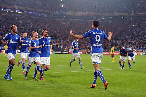 22.10.2015. Gelsenkirchen, Germany. UEFA Europa League football. FC Schalke versus Sparta Prague. Goal celebration, celebrate for 1:0 scorer Franco Di Santo (FC Schalke 04)
