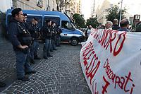 NAPOLES, ITALIA, 09.10.2019 - PROTESTO-ITALIA - Manifestação em defesa aos trabalhadores desempregados de Napoles na Italia do Movimento Di Lotta Disoccupati 7 novembre, nesta quarta-feira, 07. (Foto: Salvatore Esposito /Brazil Photo Press)