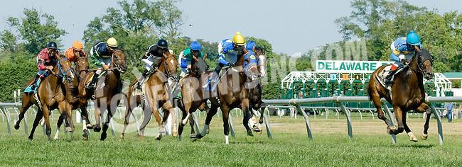 Hobo Ridge winning at Delaware Park on 7/25/12