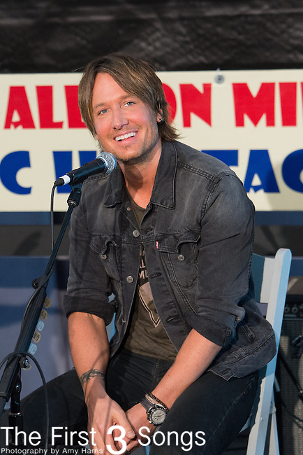 Keith Urban performs during a interview with Keith Spera at the 2015 New Orleans Jazz & Heritage Festival in New Orleans, Louisiana.