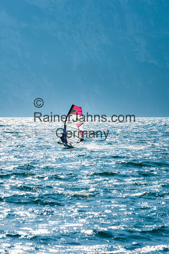 Italy, Trentino, Lake Garda, Torbole: sailboarding | Italien, Trentino, Gardasee, Torbole: Windsurfer