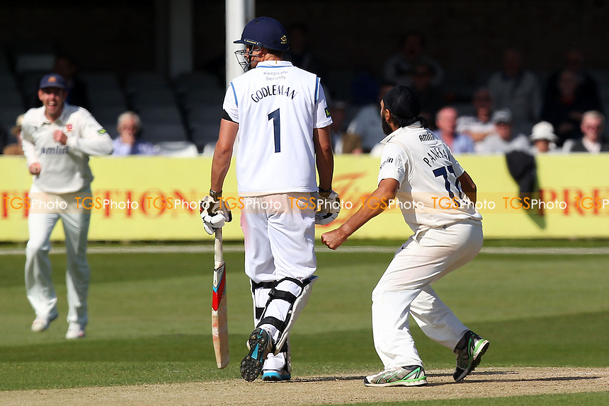 Monty Panesar of Essex appears to shout at Billy Godleman of Derbyshire after taking the wicket of Stephen Moore - Essex CCC vs Derbyshire CCC - LV County Championship Division Two Cricket at the Essex County Ground, Chelmsford - 15/04/14 - MANDATORY CREDIT: Gavin Ellis/TGSPHOTO - Self billing applies where appropriate - 0845 094 6026 - contact@tgsphoto.co.uk - NO UNPAID USE