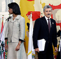 U.S. Secretary of State Condoleezza Rice and Italian Foreign Minister Massimo D'Alema arrives at the final news conference after the meeting on the Lebanon crisis at the Farnesina Palace, the Italian Foreign Ministry in Rome July 26, 2006.<br /> il Segretario di Stato americano Condoleezza Rice e Il Ministro degli Esteri Massimo D'Alema all'arrivo alla conferenza stampa al termine del vertice sul Medio Oriente e sulla crisi tra Libano e Israele.<br /> Photo Andrea Staccioli Insidefoto