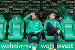 02.11.2019, wohninvest WESERSTADION, Bremen, GER, 1.FBL, Werder Bremen vs SC Freiburg<br /> <br /> DFL REGULATIONS PROHIBIT ANY USE OF PHOTOGRAPHS AS IMAGE SEQUENCES AND/OR QUASI-VIDEO.<br /> <br /> im Bild / picture shows<br /> Michael Lang (Werder Bremen #04), <br /> Johannes Eggestein (Werder Bremen #24) auf Ersatzbank, <br /> <br /> Foto © nordphoto / Ewert