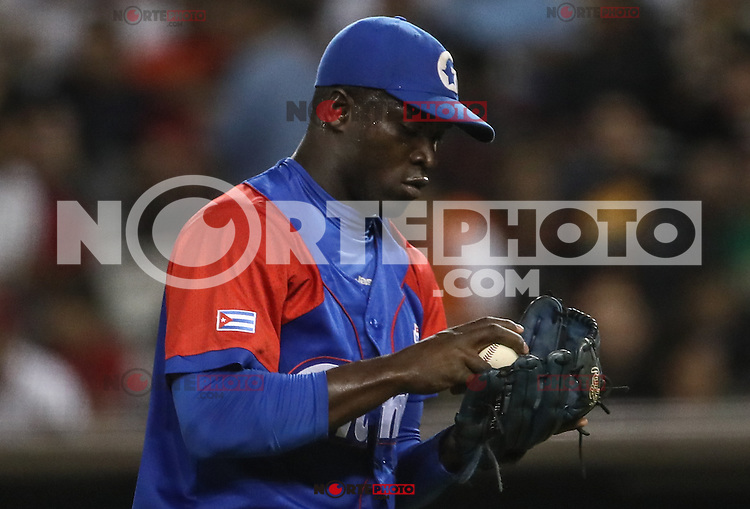 Rene Reyes de Venezuela, durante el partido de beisbol de la Serie del Caribe entre Alazanes de Granma Cuba vs las &Aacute;guilas del Zulia Venezuela en el Nuevo Estadio de los Tomateros en Culiacan, Mexico, Sabado 4 Feb 2017. Foto: Luis Gutierrez/NortePhoto.com.    ****<br /> <br /> Actions, during the Caribbean Series baseball match between Granma Cuba vs Alajuelas de Zulia Venezuela at the New Tomateros Stadium in Culiacan, Mexico, Saturday 4 Feb 2017. Photo: Luis Gutierrez / NortePhoto.com