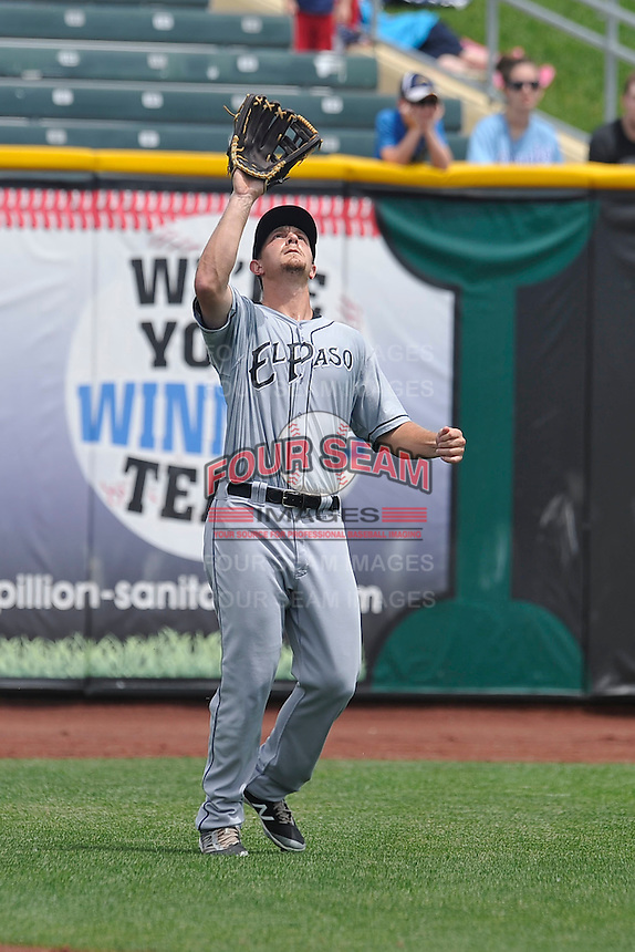 El Paso Chihuahuas Alex Dickerson (30) catches fly ball during the game against the Omaha Storm Chasers at Werner Park on May 30, 2016 in Omaha, Nebraska.  El Paso won 12-0.  (Dennis Hubbard/Four Seam Images)