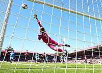 Harry Wilson of AFC Bournemouth scores from a free kick past Manchester City keeper Ederson of Manchester City during AFC Bournemouth vs Manchester City, Premier League Football at the Vitality Stadium on 25th August 2019