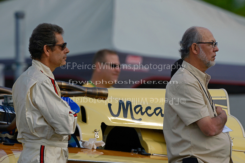 """Jim Houle, E-143 """"Macaroni"""" (1970 Ron Jones 280 class cabover hydroplane) and Rich Evans"""