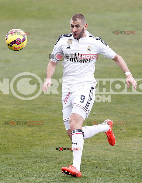 Real Madrid's Karim Benzema during La Liga match.January 18,2013. (ALTERPHOTOS/Acero) /NortePhoto<br /> NortePhoto.com