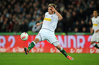 FUSSBALL   1. BUNDESLIGA    SAISON 2012/2013    9. Spieltag   Hannover 96 - Borussia Moenchengladbach         28.10.2012 Thorben Marx (Borussia Moenchengladbach) Einzelaktion am Ball