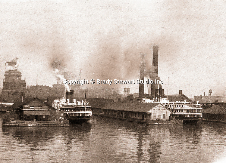 Toronto Ontario Canada:  Ferries docked at Toronto Harbor - 1914