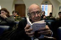 Roma, 23 Gennaio 2015<br /> Alexis Tsipras, la mia Sinistra.<br /> Presentazione del libro alla stampa estera.<br /> Nella foto Valentino Parlato