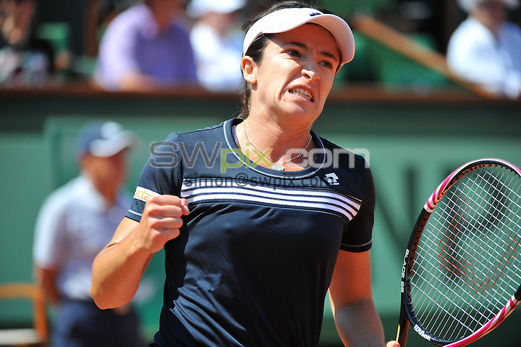 PICTURE BY DAVE WINTER/SWPIX.COM - Tennis - French Open 2012 - Roland Garros, Paris, France - 28/05/12 - Alberta BRIANTI.