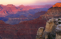 USA, Arizona, Grand Canyon National Park. view of the canyon from Mather Point at dusk