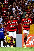 RIO DE JANEIRO, 04.05.2014 - Alecsandro do Flamengo comemora seu gol durante o jogo contra Palmeiras pela terceira rodada do Campeonato Brasileiro disputado neste domingo no Maracanã. (Foto: Néstor J. Beremblum / Brazil Photo Press)