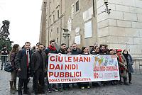 Roma, 7 Gennaio 2016<br /> Flash mob in Campidoglio di SeL contro la chiusura e la privatizzazione dei nidi comunali