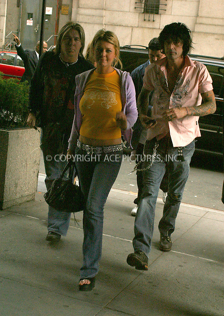 WWW.ACEPIXS.COM . . . . .  ....NEW YORK, MAY 3, 2005....Tara Reid and Tommy Lee at the MTV Upfronts 2005 held at Madison Square Garden.....Please byline: PAUL CUNNINGHAM - ACE PICTURES..... *** ***..Ace Pictures, Inc:  ..Craig Ashby (212) 243-8787..e-mail: picturedesk@acepixs.com..web: http://www.acepixs.com