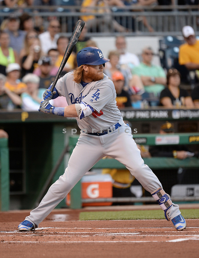 Los Angeles Dodgers Justin Turner (10) during a game against the Pittsburgh Pirates on June 26, 2016 at PNC Park in Pittsburgh, PA. The Dodgers beat the Pirates 4-3.