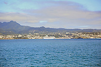 Blick auf die Norwegian Breakaway im Hafen von Fort-de-France