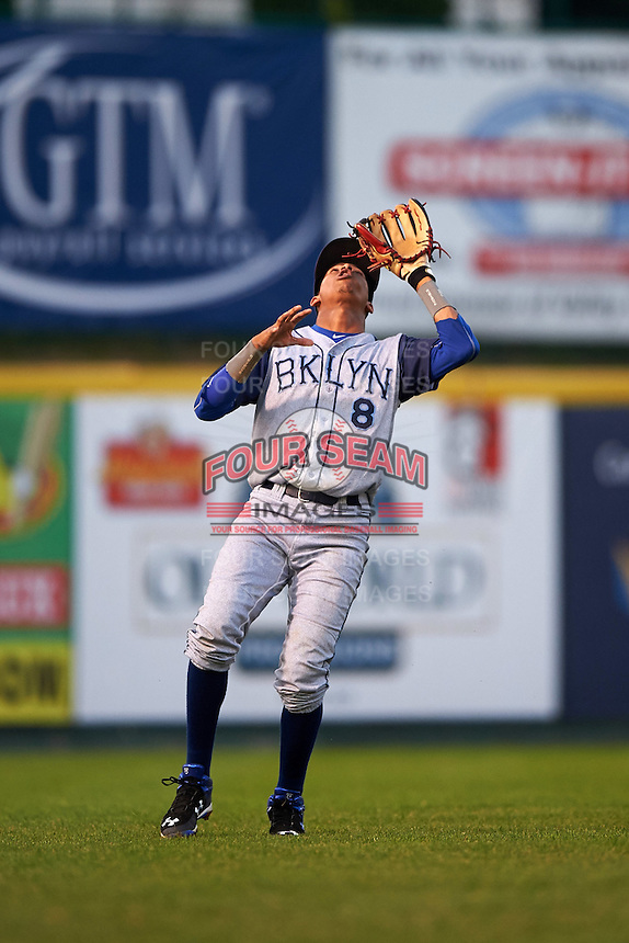Brooklyn Cyclones shortstop Alfredo Reyes (8) catches a popup during a game against the Tri-City ValleyCats on September 1, 2015 at Joseph L. Bruno Stadium in Troy, New York.  Tri-City defeated Brooklyn 5-4.  (Mike Janes/Four Seam Images)