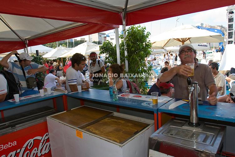 Ambiente .XIV TROFEO TABARCA CIUDAD DE ALICANTE.Real Club de Regatas de Alicante, 9 al 12 de Julio de 2009