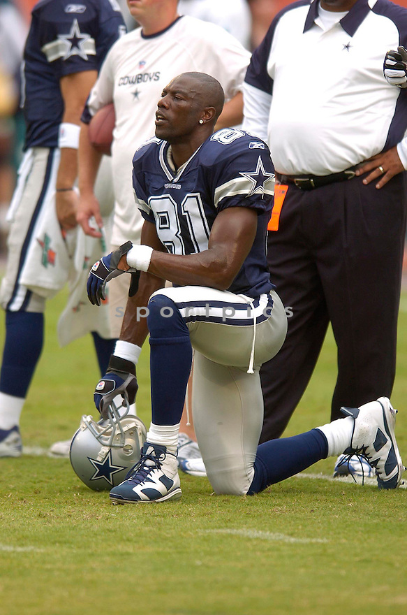 TERRELL OWENS, of the Dallas Cowboy, during the Cowboys game against the Miami Dolphins on September 16, 2007.  The Dallas Cowboys beat the Miami Dolphins 37-10....