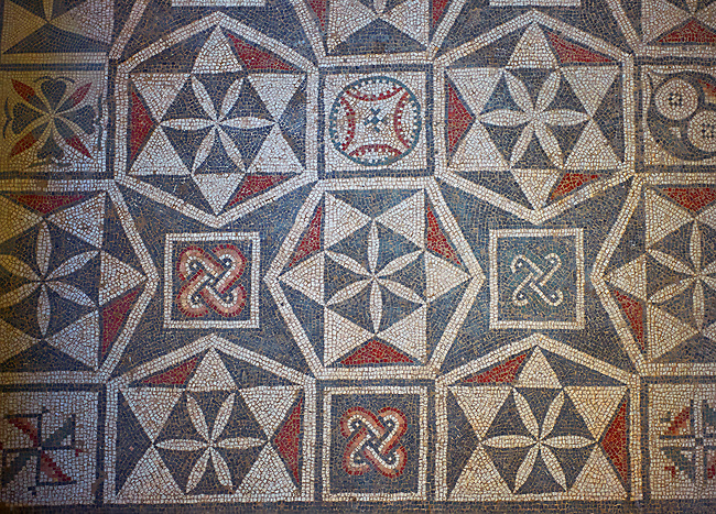 Close up picture of the Roman mosaics of the Interlying Utility Room depicting geometric mosaic patterns, room no 18 at the Villa Romana del Casale, first quarter of the 4th century AD. Sicily, Italy. A UNESCO World Heritage Site.