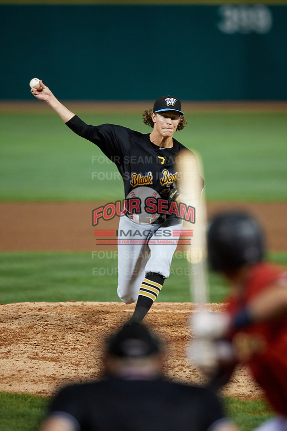 West Virginia Black Bears relief pitcher Shea Murray (17) delivers a pitch during a game against the State College Spikes on August 30, 2018 at Medlar Field at Lubrano Park in State College, Pennsylvania.  West Virginia defeated State College 5-3.  (Mike Janes/Four Seam Images)
