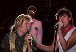 Daryl Hall, Paul Young, David Ruffin,