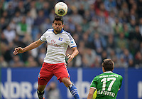FUSSBALL   1. BUNDESLIGA   SAISON 2013/2014   6. SPIELTAG Hamburger SV - SV Werder Bremen                       21.09.2013 Tomas Rincon (li, Hamburger SV) gegen Aleksandar Ignjovski (re, SV Werder Bremen)