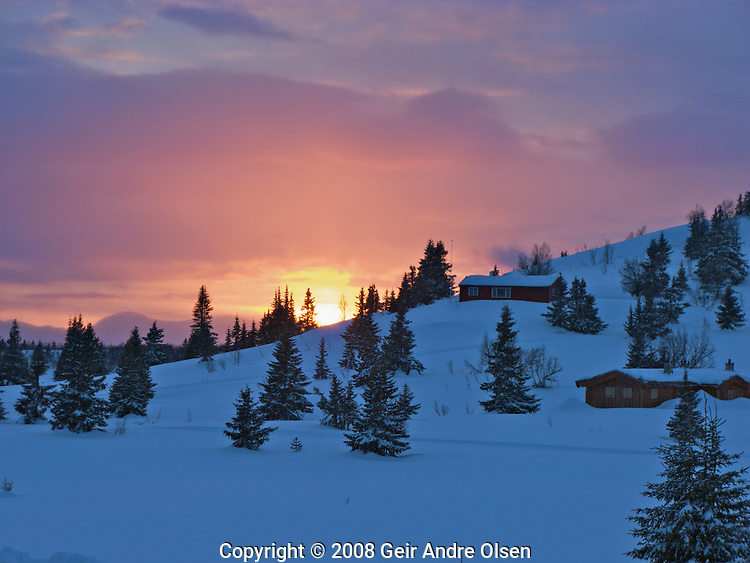 Beautyful sunset at Venabygdsfjell in the Norwegian mountains, just outside Ringebu this Easter