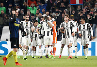 Calcio, Serie A: Torino, Juventus Stadium, 5 febbraio 2017.<br /> Juventus' players celebrate at the end of the Italian Serie A football match between Juventus and Inter Milan at Turin's Juventus Stadium, on February 5, 2017.<br /> UPDATE IMAGES PRESS/Isabella Bonotto
