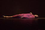UNE SORTE DE....Choregraphie : EK Mats..Decor : GEBER Maria..Lumiere : RUGE Ellen..Costumes : GEBER Maria..Avec :..LE RICHE Nicolas..Lieu : Opera Garnier..Ville : Paris..Le : 25 04 2008..Copyright (c) 2008 by © Laurent Paillier/ www.photosdedanse.com. All rights reserved.