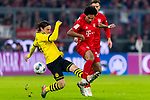 09.11.2019, Allianz Arena, Muenchen, GER, 1.FBL,  FC Bayern Muenchen vs. Borussia Dortmund, DFL regulations prohibit any use of photographs as image sequences and/or quasi-video, im Bild Nico Schulz (BVB #14) im kampf mit Serge Gnabry (FCB #22) <br /> <br />  Foto © nordphoto / Straubmeier