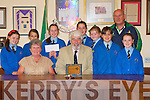 FLOWERS: Students and teachers of Presentation Primary School at Tralee Town Council Chambers being presented with their award by Johnny Wall (Chairman Feile na mBlaith) and Brendan O'Connor (Kerry Sport Partnership KCC) for their Flower Box as part of Feile na mBlaith on Friday.    Copyright Kerry's Eye 2008