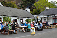 Ireland, County Kerry, near Killarney: The Gap of Dunloe, Kate Kearney's Cottage pub | Irland, County Kerry, bei Killarney: The Gap of Dunloe, Kate Kearney's Cottage pub
