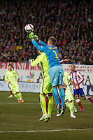 Barcelona´s Marc-Andre Ter Stegen and Gerard Pique during 2014-15 Spanish King Cup match between Atletico de Madrid and Barcelona at Vicente Calderon stadium in Madrid, Spain. January 28, 2015. (ALTERPHOTOS/Luis Fernandez) /nortephoto.com<br />