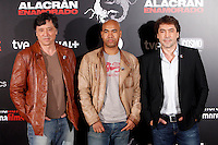 Actor Carlos Bardem, director Santiado Zannou and actor Javier Bardem attend the 'Alacran Enamorado' photocall at the Princesa cinema in Madrid, Spain. April 09, 2013. (ALTERPHOTOS/Caro Marin) /NortePhoto