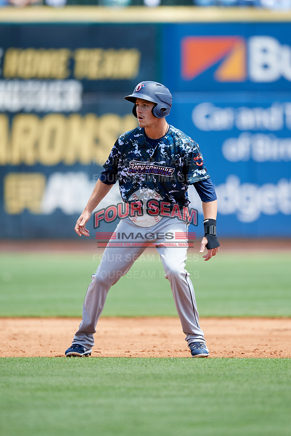 Jacksonville Jumbo Shrimp third baseman Brian Anderson (31) leads off during a game against the Birmingham Barons on April 24, 2017 at Regions Field in Birmingham, Alabama.  Jacksonville defeated Birmingham 4-1.  (Mike Janes/Four Seam Images)