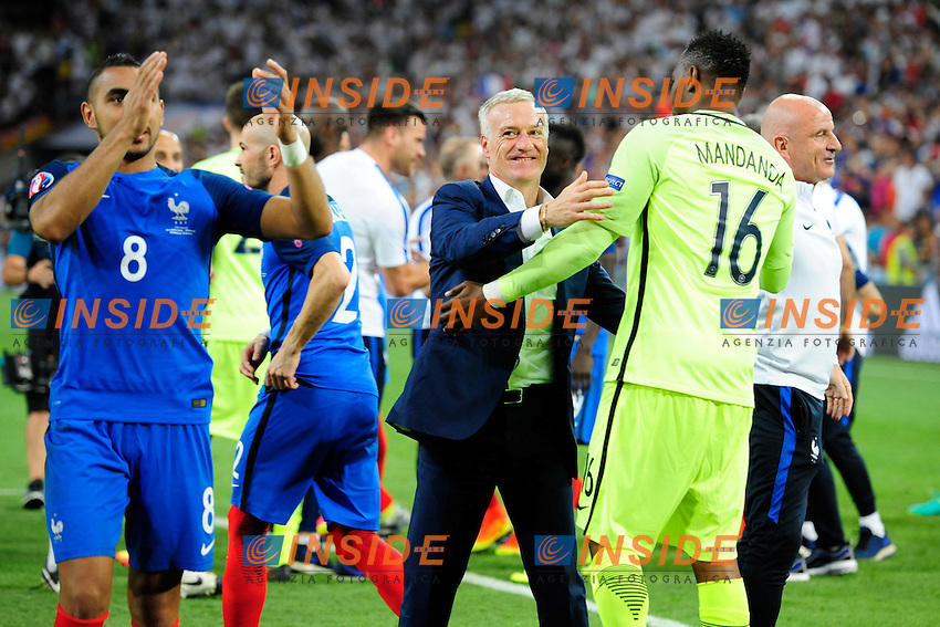 Esultanza Francia fine partita Celebration France and of match France coach Didier Deschamps <br /> Marseilles 07-07-2016 Stade Velodrome Football Euro2016 Germany - France / Germania - Francia Semi-finals / Semifinali <br /> Foto   Franck Pennant Panoramic / Insidefoto