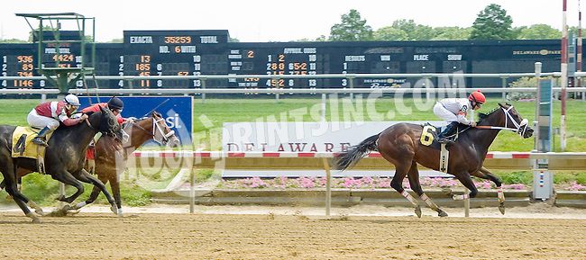 Tripplite winning at Delaware Park on 6/25/12