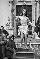 - traditional celebrations of the Easter, procession of Holy Friday in Prizzi (Palermo)....- celebrazioni tradizionali della Pasqua, processione del Venerdì  Santo a Prizzi (Palermo)