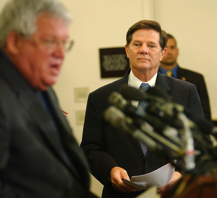 9/22/04.HOUSE GOP ACCOMPLISHMENTS--House Speaker J. Dennis Hastert, R-Ill., left, and House Majority Leader Tom DeLay, R-Texas, during a rally of House Republicans celebrating ten years of their majority rule.  CONGRESSIONAL QUARTERLY PHOTO BY SCOTT J. FERRELL