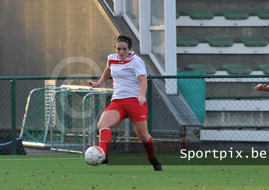 Dames Zulte - Waregem - Femina White Star Woluwe : Dorothee Mulas.foto DAVID CATRY / Vrouwenteam.be