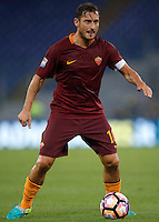 Calcio, Serie A: Roma, stadio Olimpico, 21 settembre 2016.<br /> Roma&rsquo;s Francesco Totti in action during the Serie A soccer match between Roma and Crotone at Rome's Olympic stadium, 21 September 2016. Roma won 4-0.<br /> UPDATE IMAGES PRESS/Isabella Bonotto