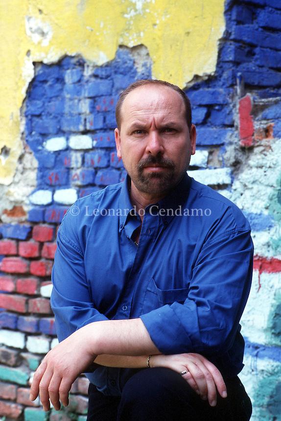 2000: ABDELMALEK SMARI, WRITER © Leonardo Cendamo