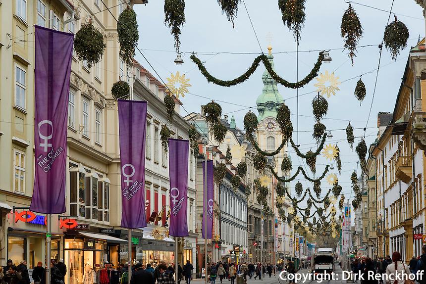 Einkaufsstra&szlig;e Herrengasse im Weihnachtsschmuck, Graz, Steiermark, &Ouml;sterreich<br /> Christmas decoration at shopping street Herrengasse, Graz, Styria, Austria