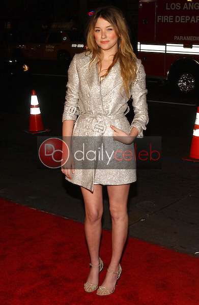 Haley Bennett<br />at the premiere of &quot;Blood Diamond&quot;. Grauman's Chinese Theatre, Hollywood, CA. 12-06-06<br />Dave Edwards/DailyCeleb.com 818-249-4998