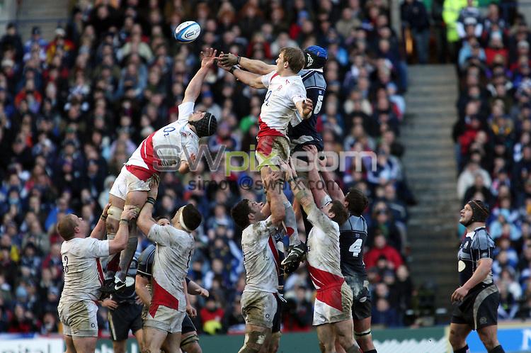 PICTURE BY Jeremy Rata/SWPIX.COM - International Rugby Union RBS Six nations Championship, Scotland v England Calcutta cup, Murrayfield, Edinburgh.....08/03/08. ..Copyright - Simon Wilkinson - 07811267706 ..Scotland's Alasdair Strokosch